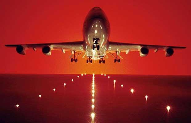 La Unión Europea prevé entregar los datos bancarios de los pasajeros aéreos a la policía sin pedir permiso alguno