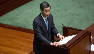 """UN MANDATARIO DE HONG KONG LE PIDE PÚBLICAMENTE AL PUEBLO QUE """"SE COMPORTEN COMOOVEJAS"""""""