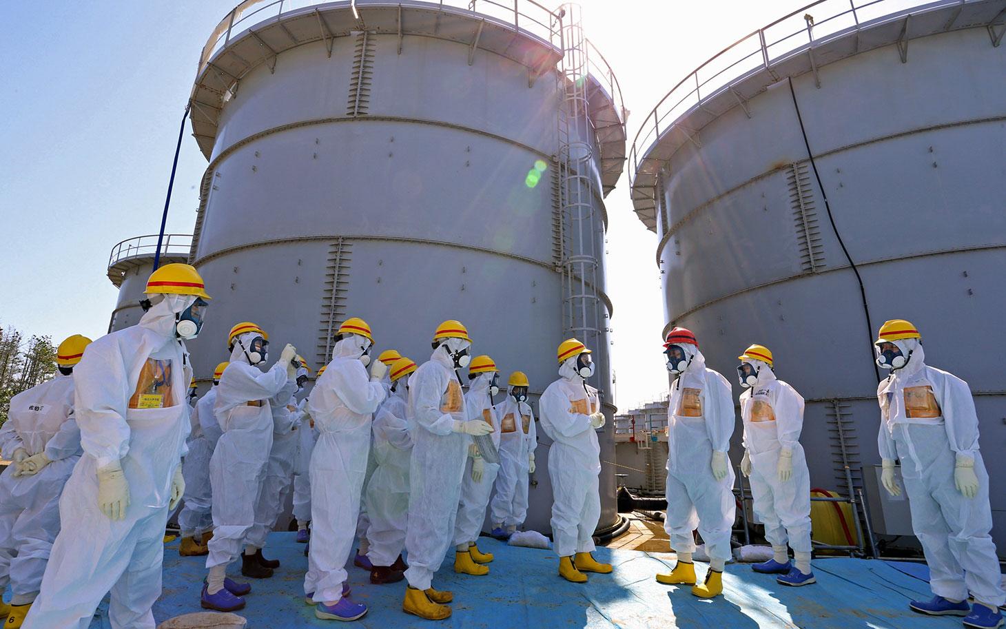 fukushima 101413 - Fukushima: Los ingenieros no encuentran dónde está el combustible nuclear de la central