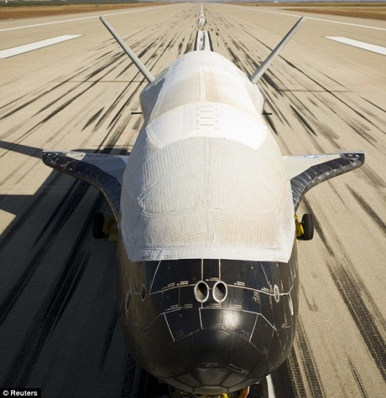1413189873436_Image_galleryImage_The_Boeing_built_X_37B_th
