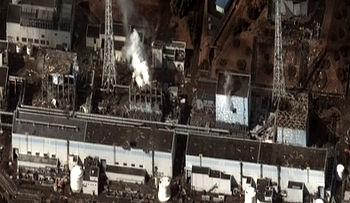 350px-Fukushima_I_by_Digital_Globe