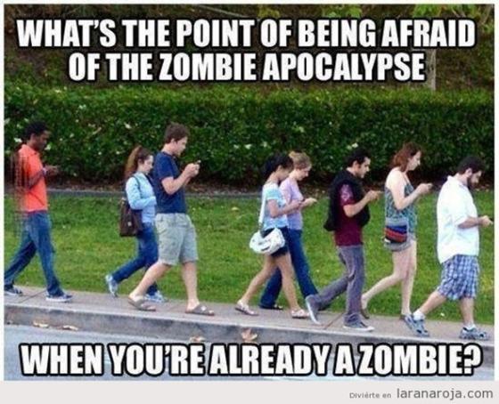 zombiewalkmovilessmartphonehumor1