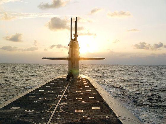800px-USS_Wyoming_(SSBN-742)