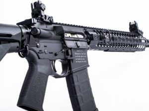 spike-tactical-crusader-rifle-ar-15-640x480