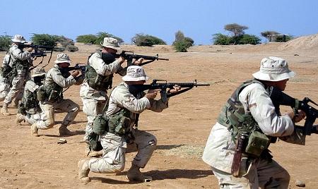 EEUU envía más tropas a África  Marines-camp-lemonnier