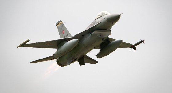 F-16 turco