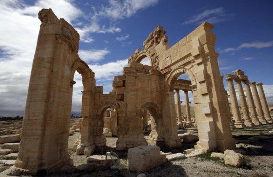 Templo de Baal en la ciudad de Nueva York y Londres, desatan rumores... 20tharoor2-articlelarge