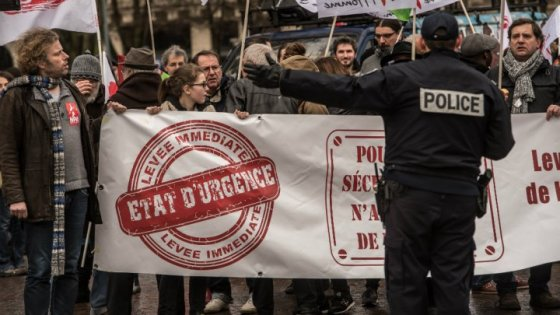 France-EtatUrgence-Amnesty