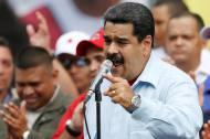 MADURO AMENAZA CON TOMAR LAS ARMAS ANTE PRESIONES DE LAOEA