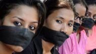 ESCÁNDALO EN LA INDIA POR UNA MUJER VIOLADA POR EL MISMO GRUPO DE HOMBRES 3 AÑOSDESPUÉS